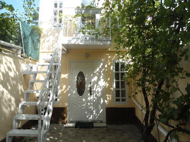 Продам 2-х этажный домик у моря Готовый бизнес