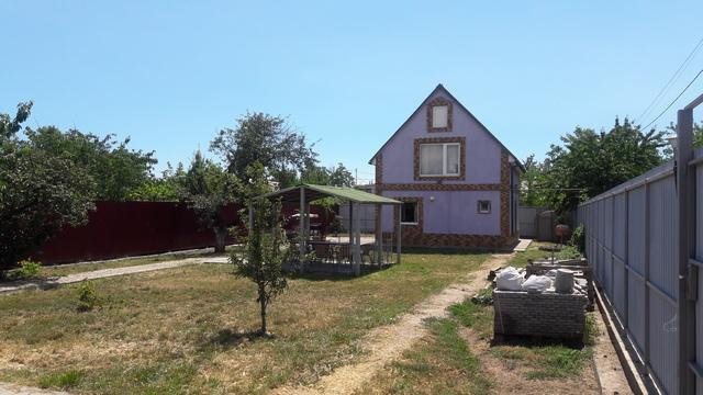 Двухэтажный жилой дом в пригороде Одессы 8 км.