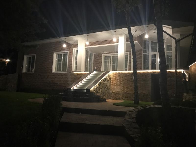 Новый дом VIP-класса с евро-ремонтом в с.Гореничи. Продажа.